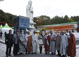 불교전통문화 산중장터 승려들의 시장 탐방